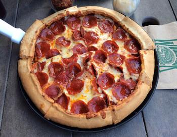 Woodstocks Pizza Dine Drink Restaurants Downtown Chico Ca